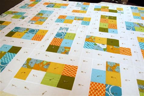 Quilt Basting by Basting In Sewing And Quilting 4 Methods