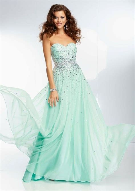 occasions lincoln ne pin by occasions gowns on paegent prom