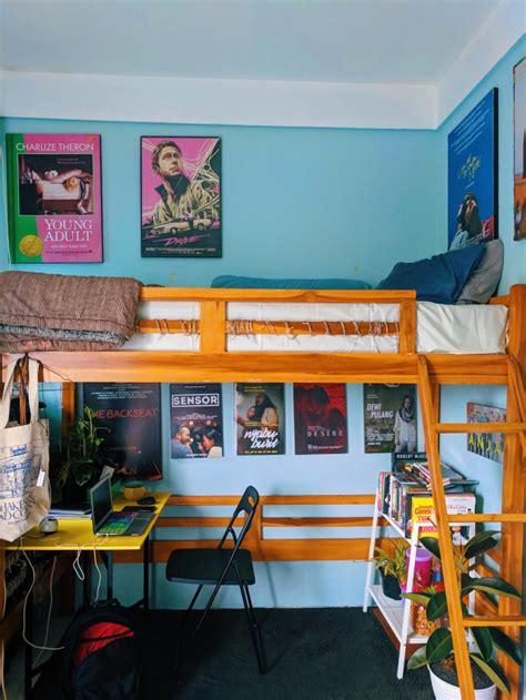 kreatif unggah foto perubahan kamar kosnya pria