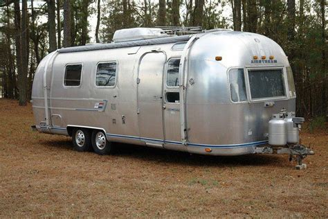 25 Ft Travel Trailer With Slide Floor Plans Vintage Airstream Trailer Pictures Slideshow