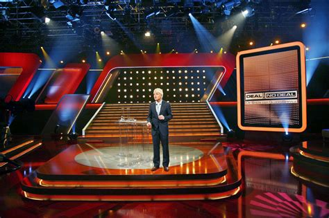 celebrity page tv show deals deal or no deal mmc