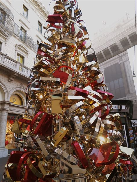 christmas decorations in italy facts tree decorations italy www indiepedia org