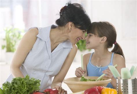 bambine che cucinano la cucina della mamma 232 la migliore oasi delle mamme