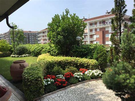 Giardiniere Torino Il Funghetto Torino Giardiniere Manutenzione Giardini