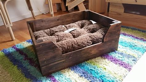 pallet dog bed plans diy ideas here s how to make something awesome with