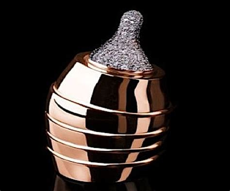 world's most expensive baby bottle — made of gold and