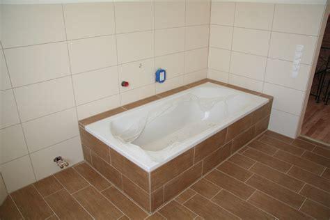 Volumen Badewanne by Was Kostet Eine Badewanne Warmes Wasser Badewanne Liter