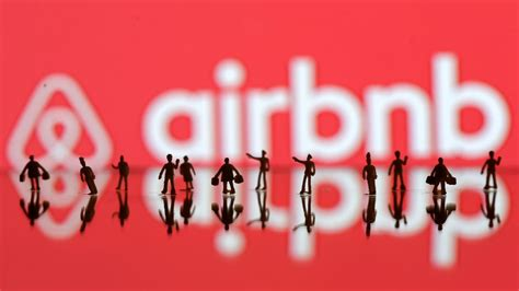 airbnb funding airbnb has raised a funding round of at least 555 million