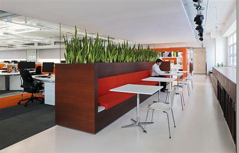 creative office space ideas creative modern office designs around the world hongkiat