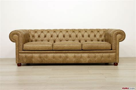divani a tre posti divano chesterfield 3 posti vama divani