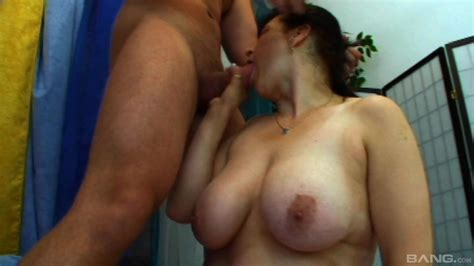 Busty Mature Wife Rough Sex On Cam With Younger Man