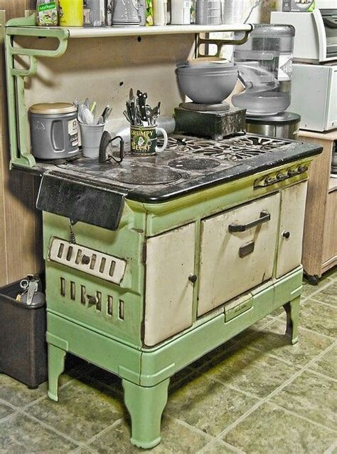 colored stoves stove collector colored vintage gas stoves vintage