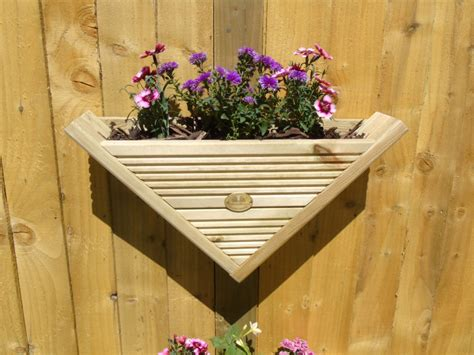 triangle wall hanging fence post mounted decking