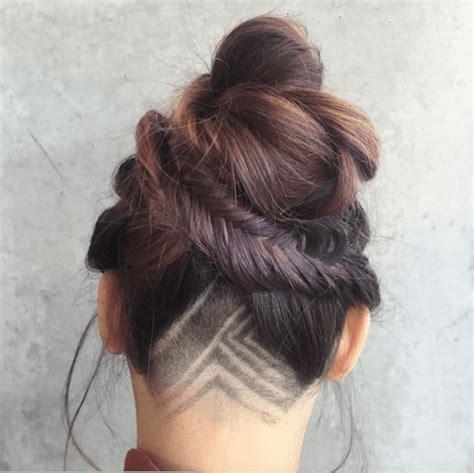 hair on back of neck in ponytail undercut tattoo la nouvelle tendance pour les cheveux