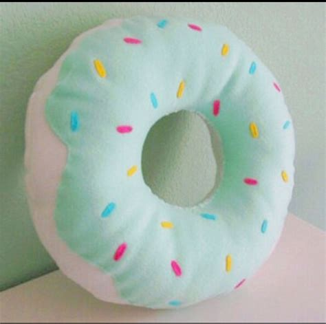 doughnut pillow on the hunt