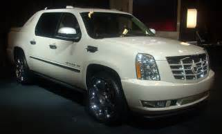 2010 Cadillac Escalade Ext 2010 Cadillac Escalade Ext Pictures Information And