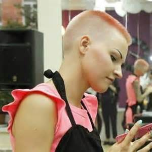 www womenwhocutflattophaircutson 67 best images about lady buzz cuts on pinterest amber