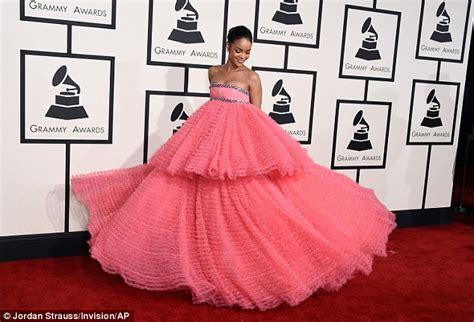 Rihana Syari Pink rihanna struggles to walk in a pink tulle gown at