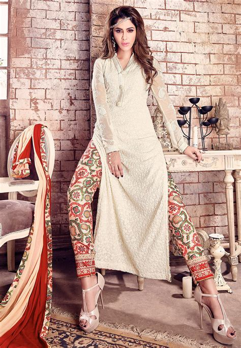 dress design in white colour embroidered georgette pakistani suit in off white kch373