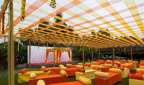 Indian wedding decoration ideas with indian wedding decorative items with asian wedding decor