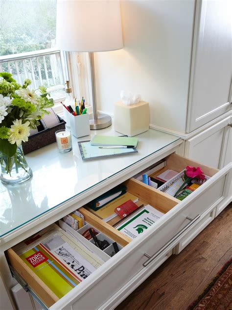 Organize Junk Drawer Kitchen by 6 Tips For Organizing Your Kitchen Junk Drawer Hgtv S Decorating Design Hgtv