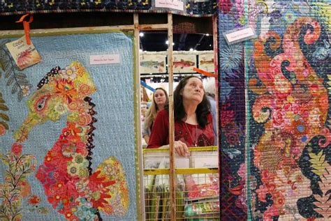 Quilt Show Houston by Local Chion Reigns World S Largest Quilt Show