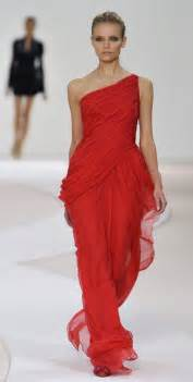 Valentino red dress 2012 images