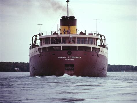 ss edmund fitzgerald sinking the wreck of the edmund fitzgerald michigan in pictures