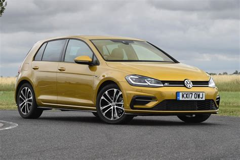 vauxhall golf volkswagen golf vs vauxhall astra pictures auto express
