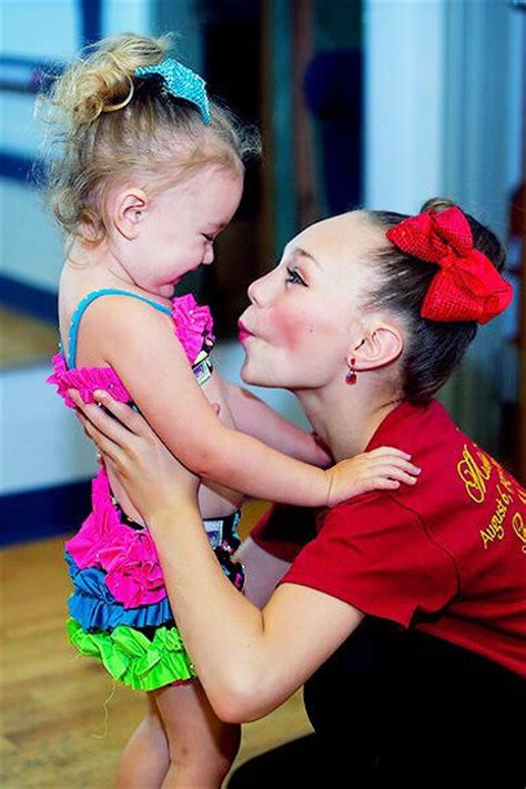 maddie ziegler flashes 64 best mack and madd images on pinterest dance moms