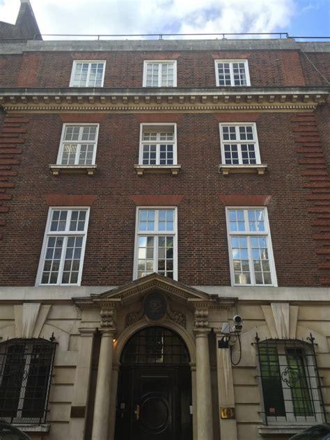 ufficio affari esteri ambasciata