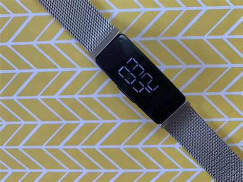 review fitbit inspire fitness activity tracker techgadgetscanadacom