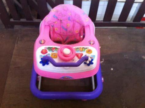 Ranjang Bayi Second ranjang bayi second baby crib walker bouncer ayunan bather bak mandi ibuhamil