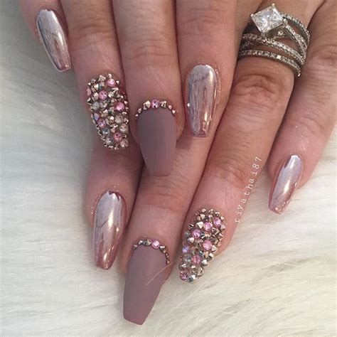 Xanas Wedding by 1000 Ideas About Chrome Nails On Nails