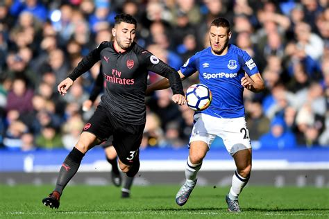 arsenal vs everton arsenal vs everton player ratings mesut ozil the warrior