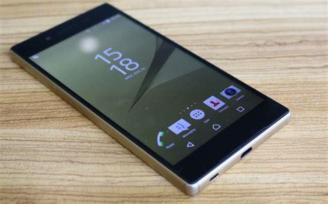 Backdoor Sony Xperia Z5 1 索尼 z5 premium 的 4k 屏是利器还是噱头 看看外媒上手后都怎么说 爱范儿