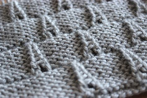 knit in how to knit the eiffel tower eyelet stitch pattern