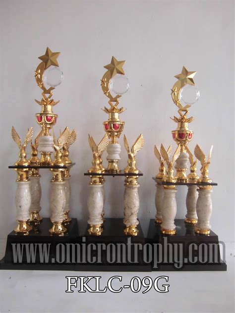 Harga Piala Kaki 4 agen jual piala trophy marmer murah harga piala kaki 4