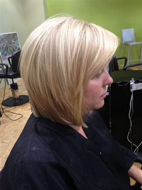swoop and bob swoop and bob suzanne justice blonde highlights with