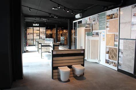 negozi di piastrelle iperceramica la pi 249 grande catena di vendita di