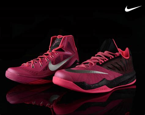 nike breast cancer basketball shoes nike basketball yow collection hyperdunk 2014 and nike