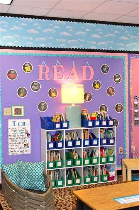 comfortable classroom environment best 25 welcome students ideas on pinterest welcome