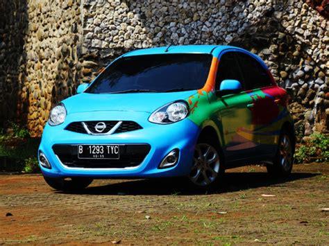 Cover Mantroll Mobil Nissan March Biru Hitam test drive nissan march 1 2l mobil123 portal mobil baru no1 di indonesia