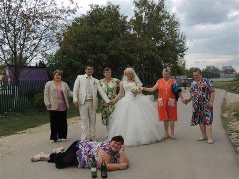 30 most awkward engagement photos 30 most awkward wedding photos 1 is the worst