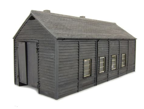 hattons co uk bachmann branchline 44 096 wooden engine shed