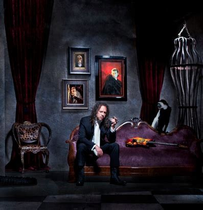 kirk hammett house metallica s kirk hammett to release book of horror
