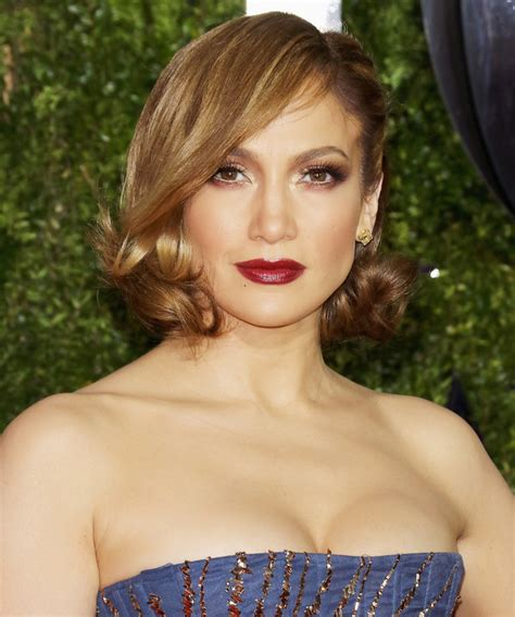 j lo short bob hairstyles how to get jennifer lopez s new bronde hair color and bob