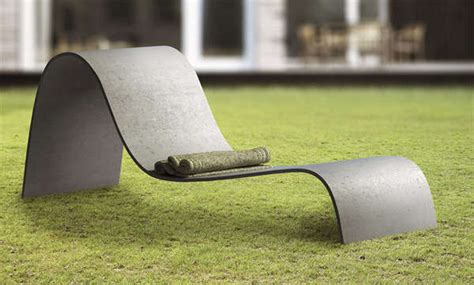 Sculptural Outdoor Seating : Lounger Chair