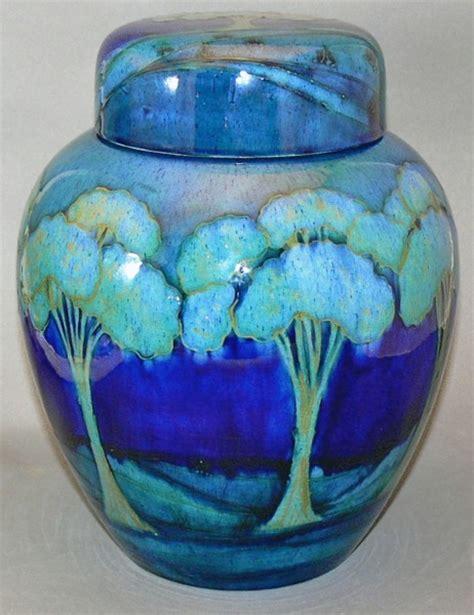 blue pattern ginger jar moonlit blue c 1918 england by william moorcroft 1872