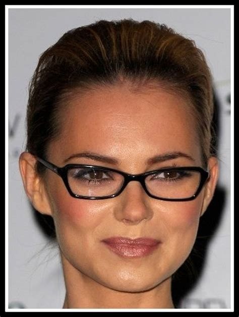 twa oblong face shape how to find the most flattering glasses for your face
